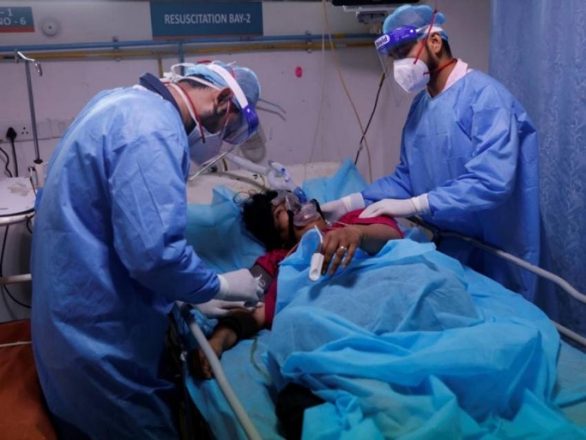 'Hongo negro', la infección rara y mortal que afecta a pacientes covid en India